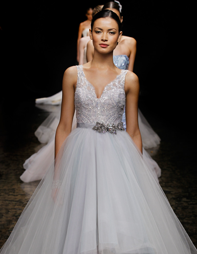 Wedding dress lazaro for Where to buy lazaro wedding dresses