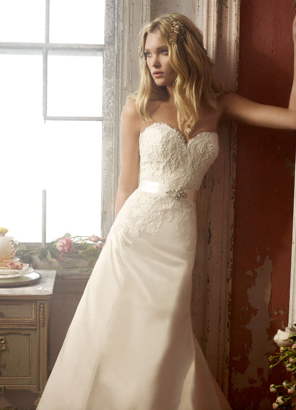 Alvina Valenta Bridal Gowns, Wedding Dresses Style AV9904 by JLM Couture, Inc.