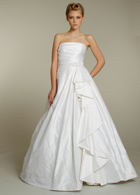Alvina Valenta Bridal Gowns, Wedding Dresses Style AV9154 by JLM Couture, Inc.