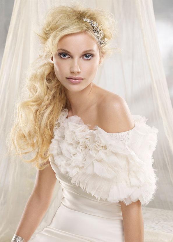Alvina Valenta vestidos de noiva, vestidos de casamento estilo AV9200 por JLM Couture, Inc.