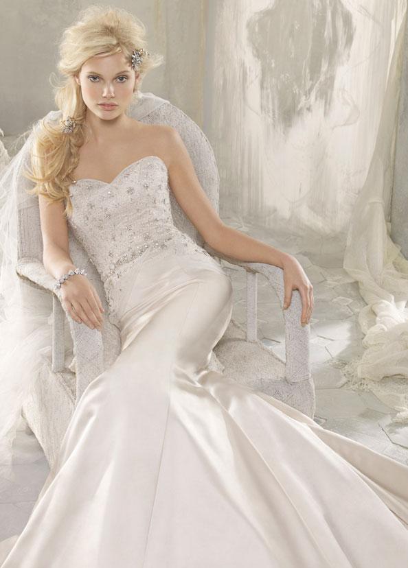 Alvina Valenta vestidos de noiva, casamento Estilo Vestidos AV9210 por JLM Couture, Inc.