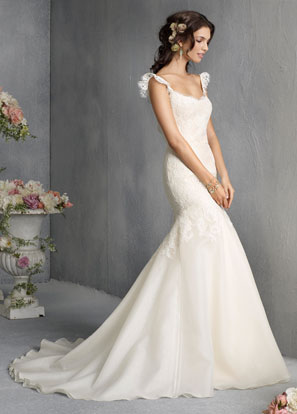 Jim Hjelm Bridal Dresses Style 8810 by JLM Couture, Inc.