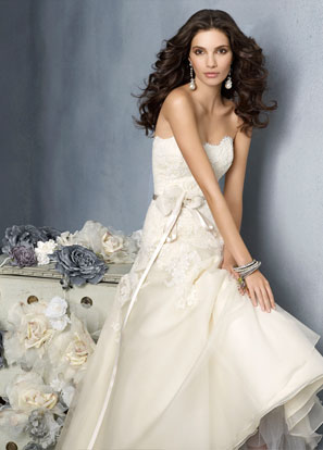 Jim Hjelm Bridal Dresses Style 8902 by JLM Couture, Inc.