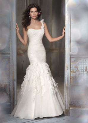 Jim Hjelm Bridal Dresses Style 8108 by JLM Couture, Inc.