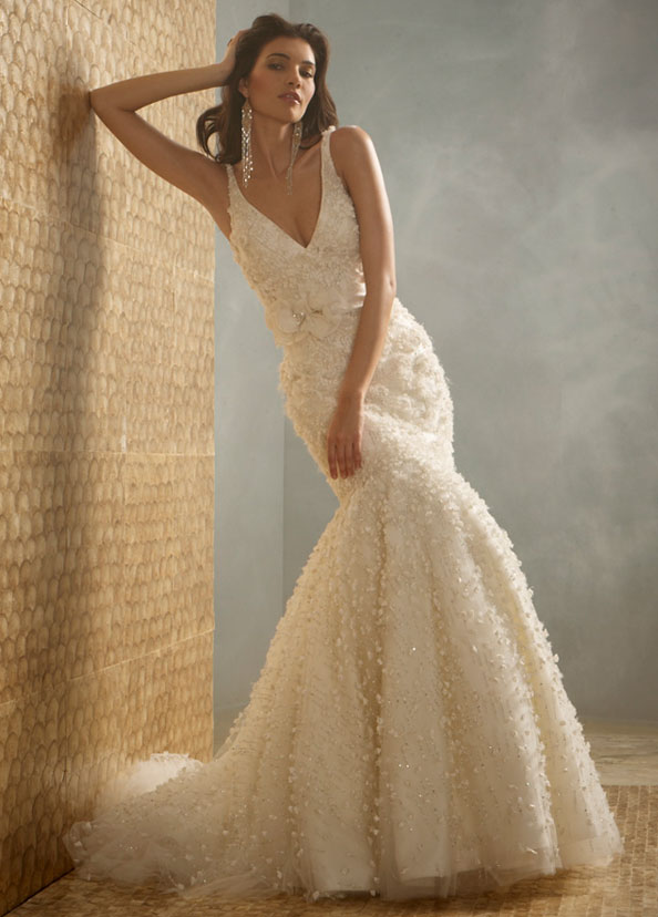 Wedding dresses wedding dress styles for Jim hjelm wedding dresses