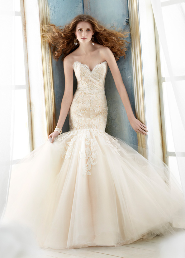 Jim Hjelm Bridal Gowns, Wedding Dresses Style jh8214 by JLM Couture, Inc.