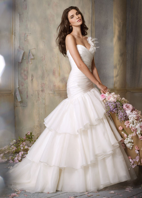 Jim Hjelm Bridal Gowns, Wedding Dresses Style jh8051 by JLM Couture, Inc.