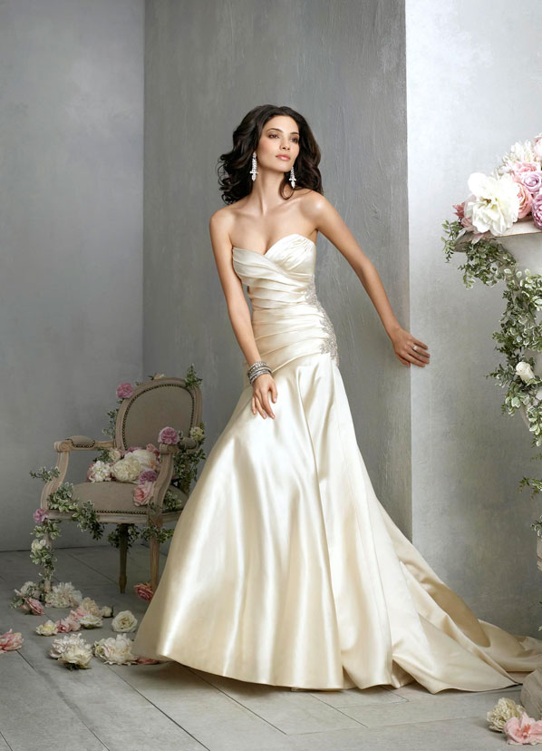 Jim Hjelm Bridal Gowns, Wedding Dresses Style jh8860 by JLM Couture, Inc.