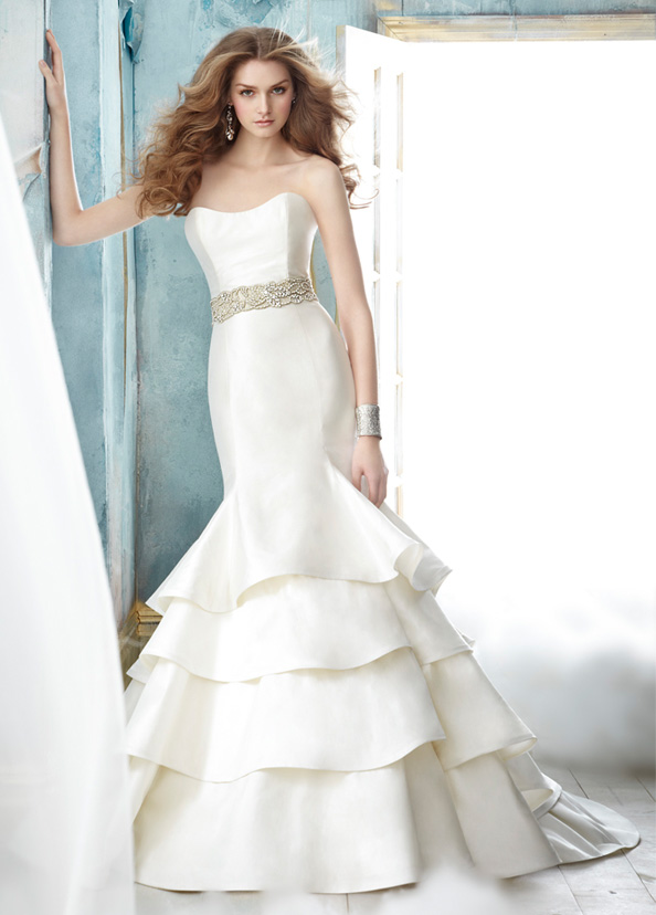 Jim Hjelm Bridal Gowns, Wedding Dresses Style jh8208 by JLM Couture, Inc.