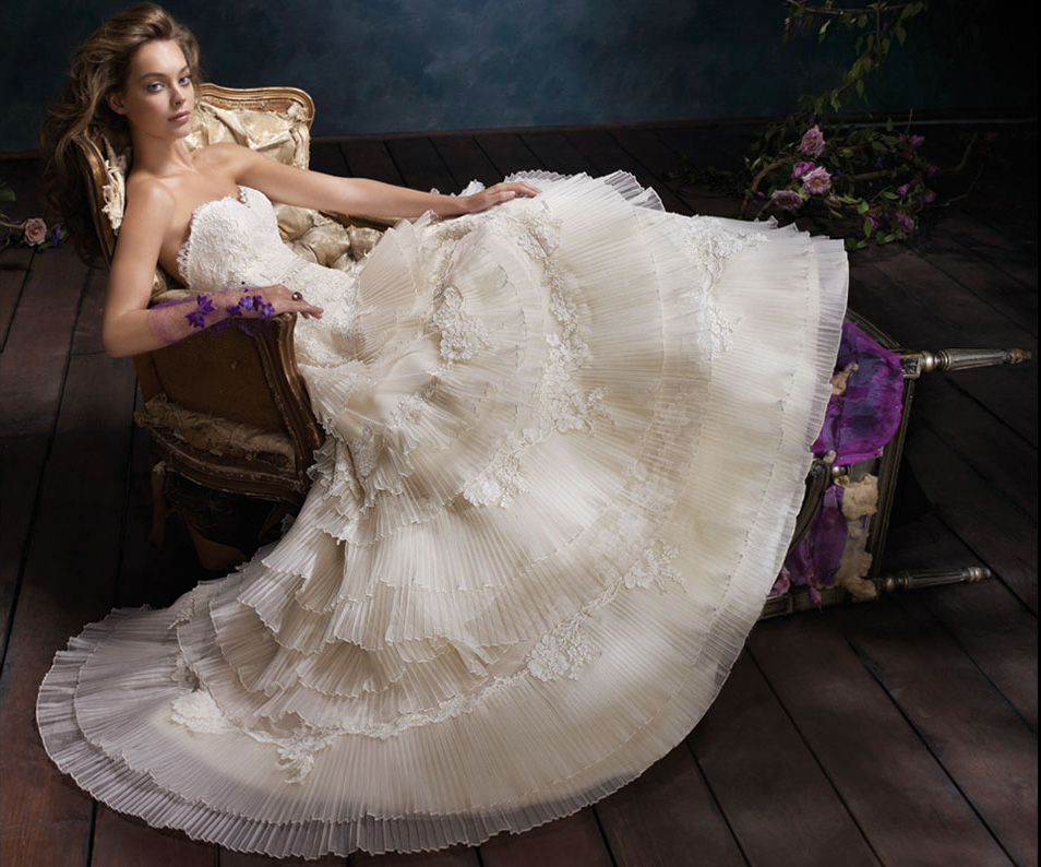 Eddilisa\'s blog: Ivory tiered pleated silk organza bridal ball gown ...